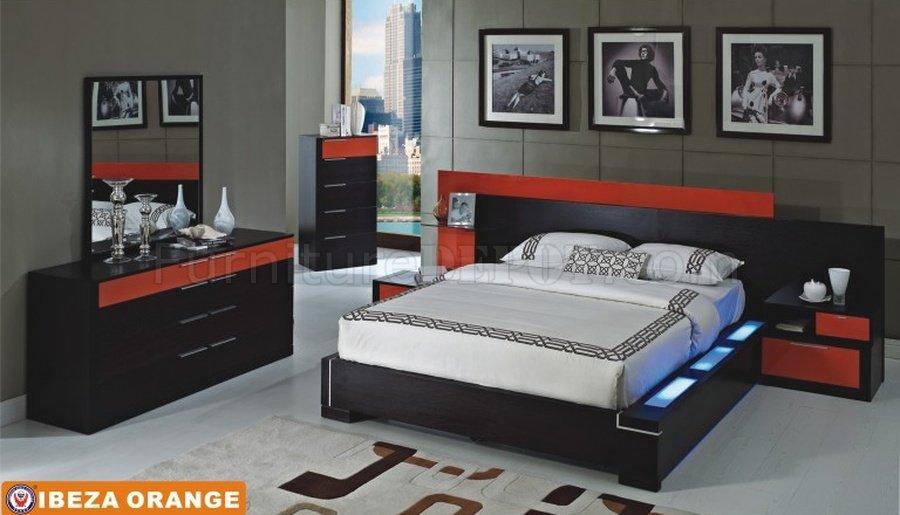 Ibeza Bedroom By American Eagle Furniture In Wenge Orange
