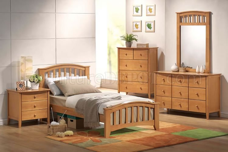Maple finish kid 39 s contemporary bedroom - Contemporary maple bedroom furniture ...