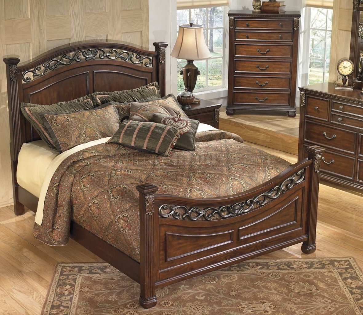 Leahlyn Bedroom B526 In Warm Brownw Panel Bed By Ashley