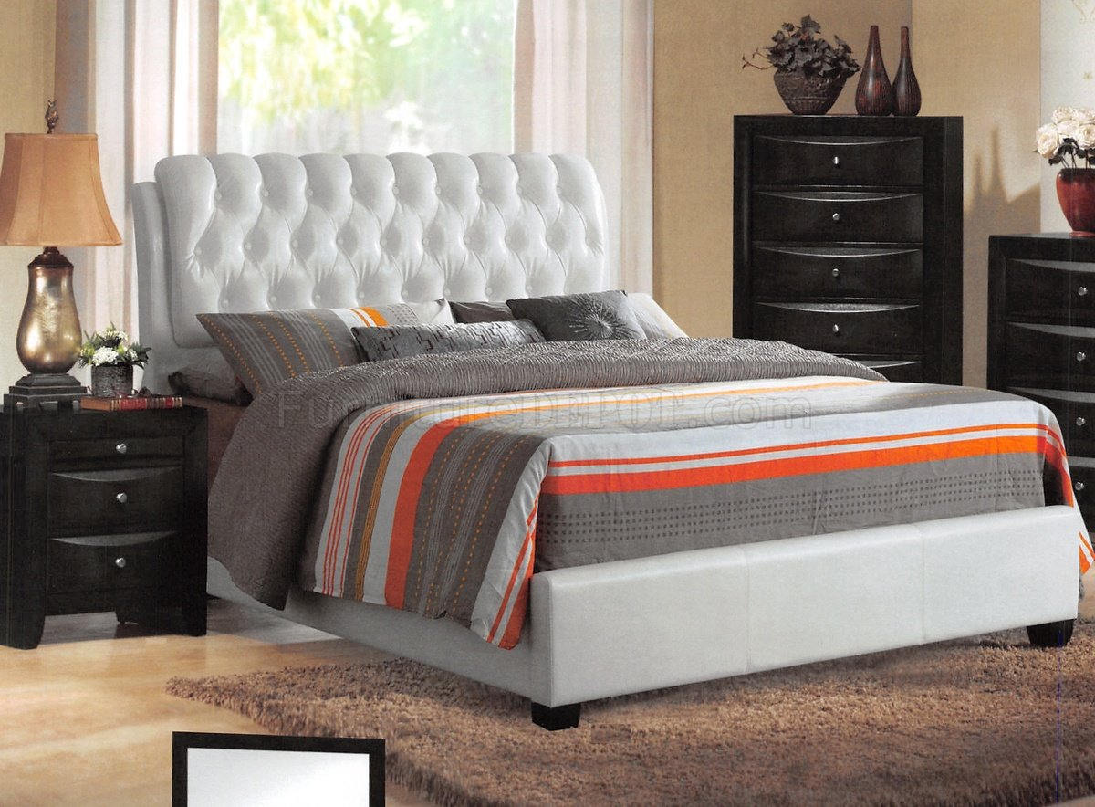 Contemporary Bedroom Set London Black By Acme Furniture: 25350 Ireland Bedroom By Acme W/White Upholstered Bed