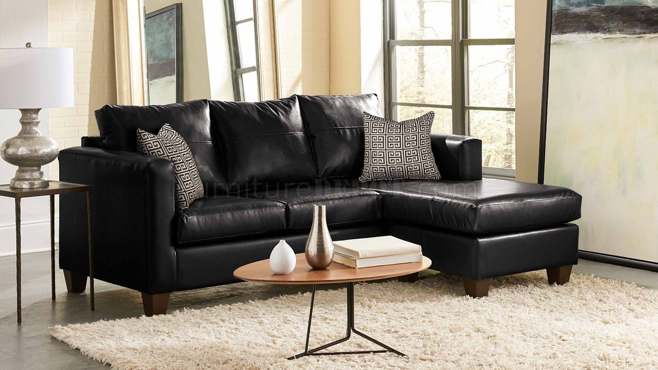 3008 Sectional Sofa In Black Bicast W Accent Pillows