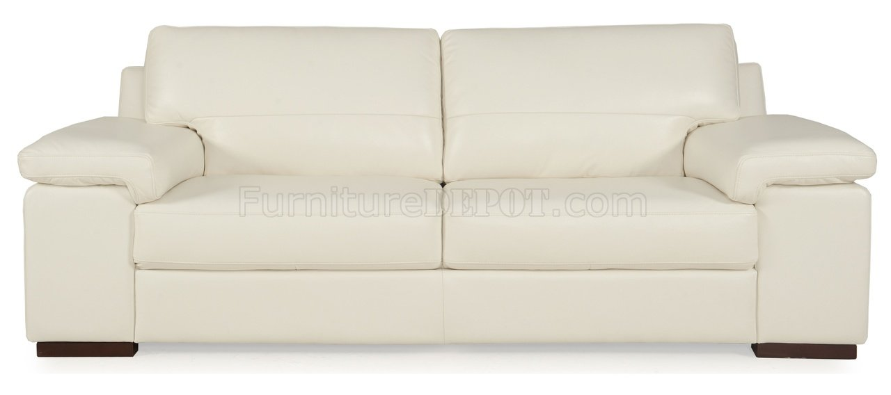 7999 Denali Sofa & Loveseat by Leather Italia w Options
