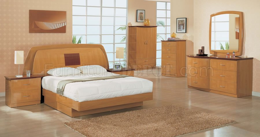 Two tone cherry and maple finish contemporary bedroom - Contemporary maple bedroom furniture ...
