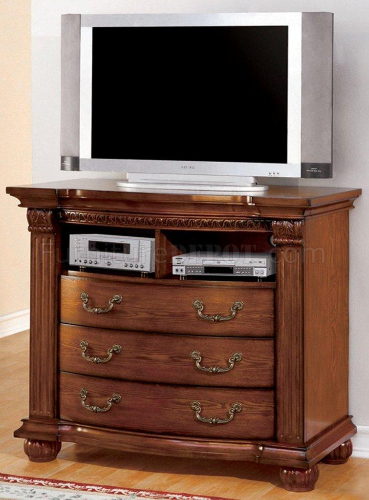 Cm7738 Bellagrad Tv Stand In Antique Style Tobacco Oak