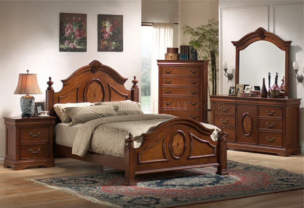Rich Caramel Finish Classic Bedroom Set W Options