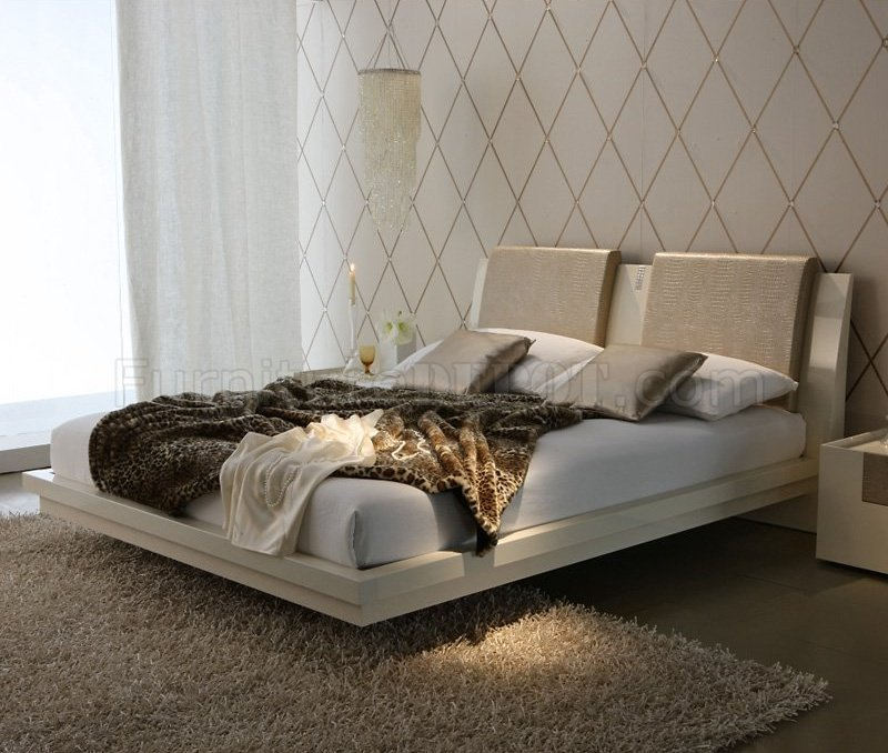 Ivory Bedroom by Rossetto w/Optional Casegoods