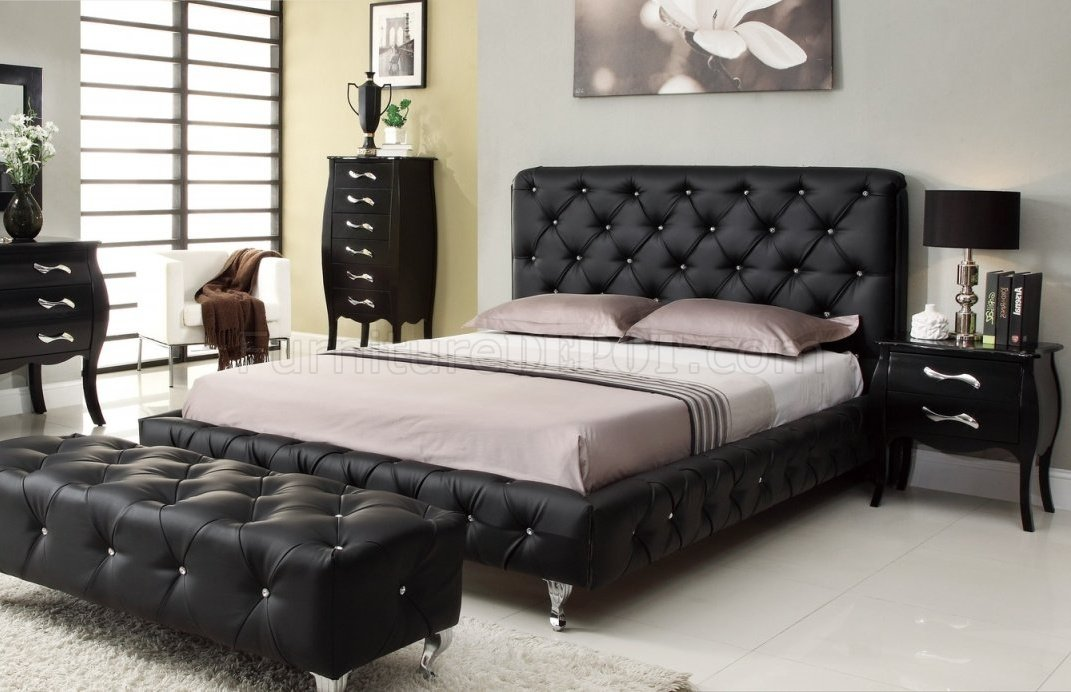 maria bed in black tufted leatherette - Black Tufted Bed