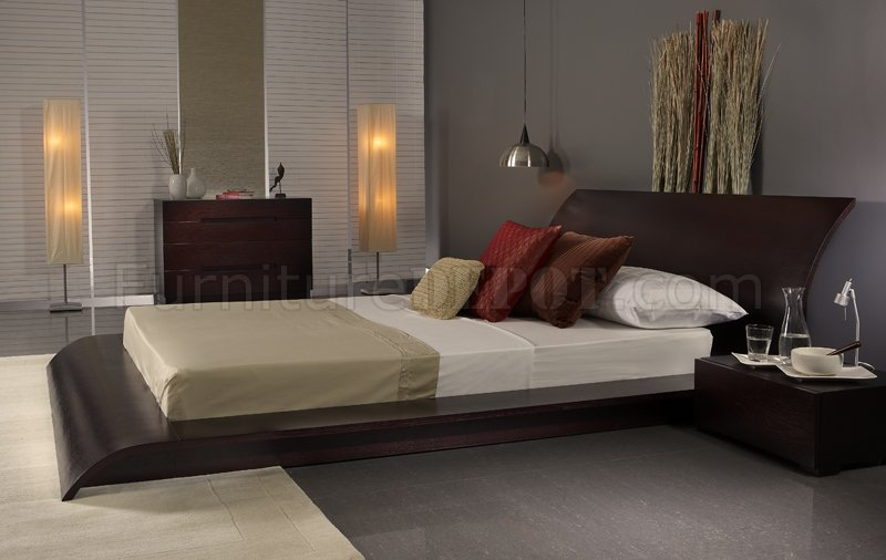 Finish Modern 3Pc Bedroom Set w/Queen Size Platform Bed