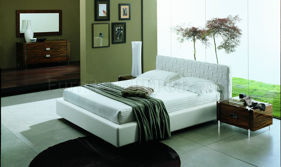 Outstanding Modern Wood and White Bedroom Set 900 x 534 · 73 kB · jpeg