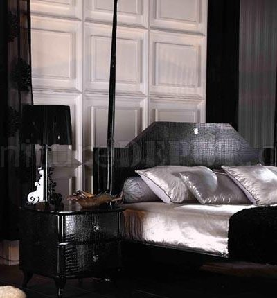 Black High Gloss Lacquer Transitional Style Bedroom Set