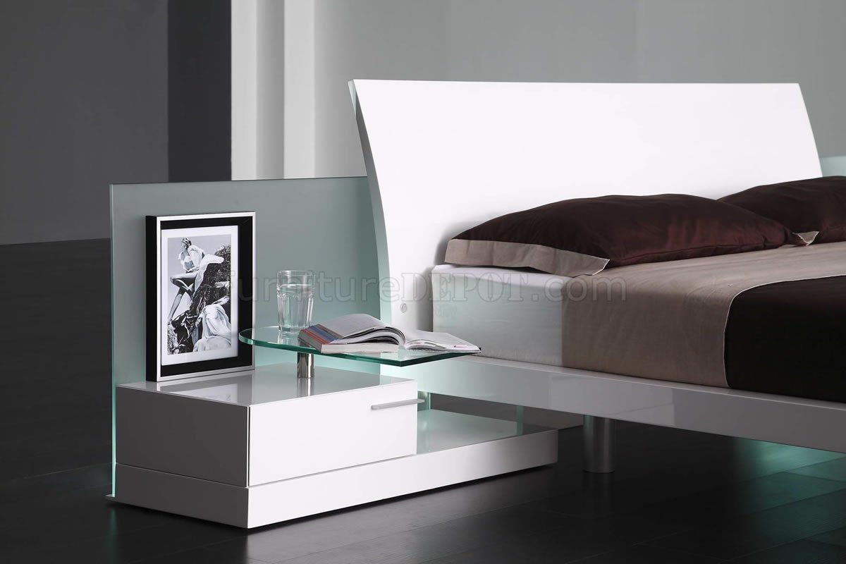 Modern Contemporary Bedroom Sets High Gloss Finish Modern Bedroom Set Aron White