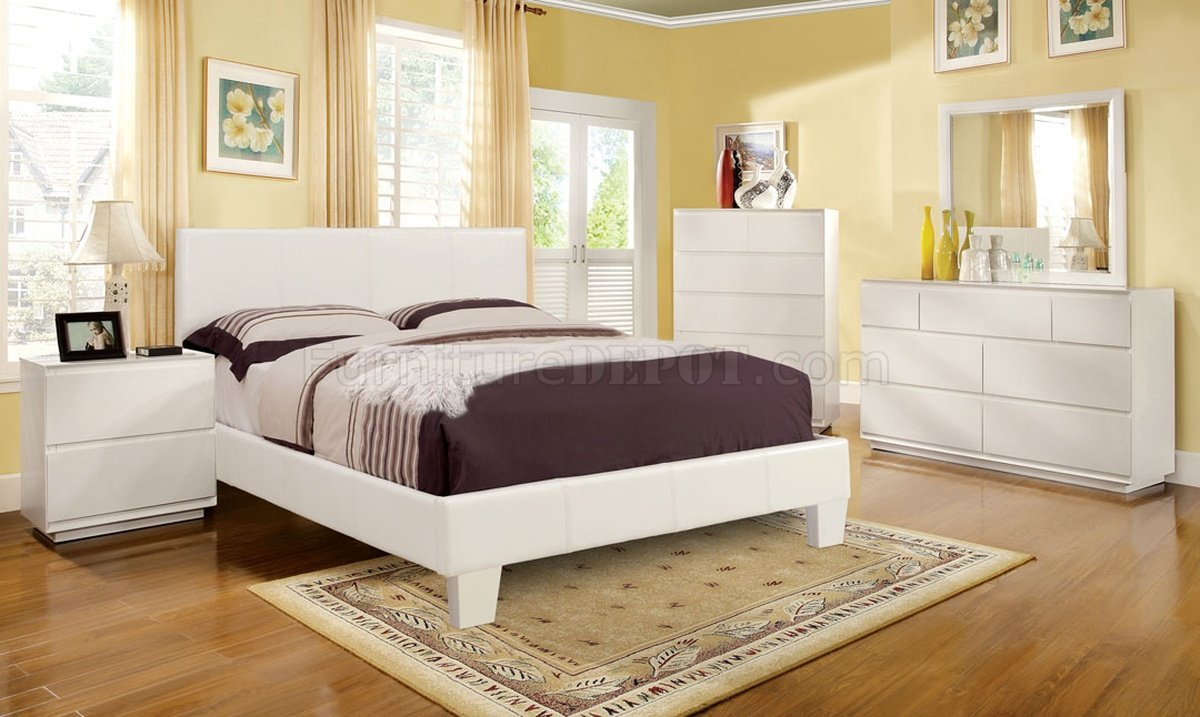 table for bedroom cm7008wh winn park bedroom 5pc set in white w options 13428