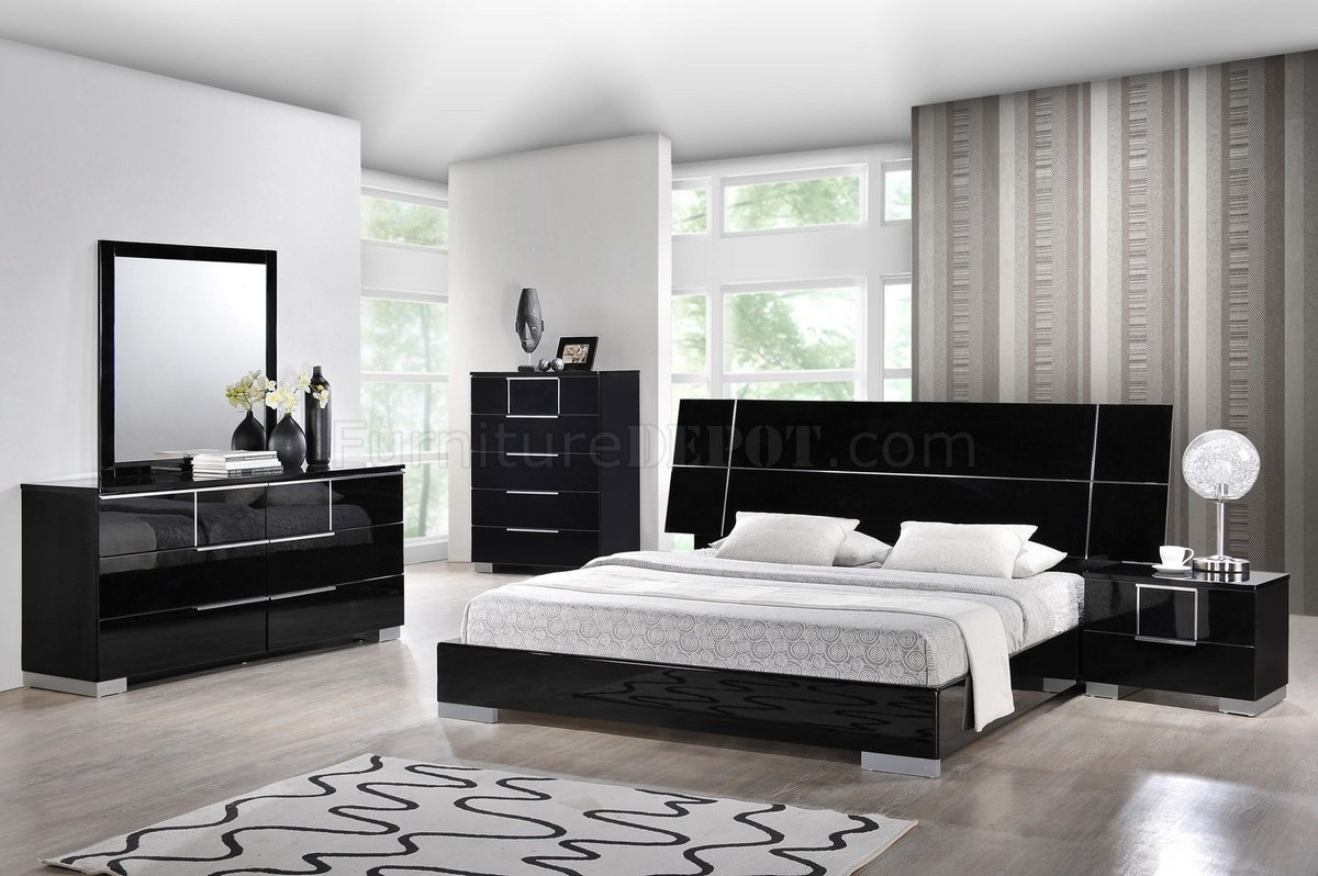 Hailey Bedroom In Black By Global W Platform Bed Amp Options