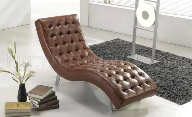 : stylish chaise lounge - Sectionals, Sofas & Couches
