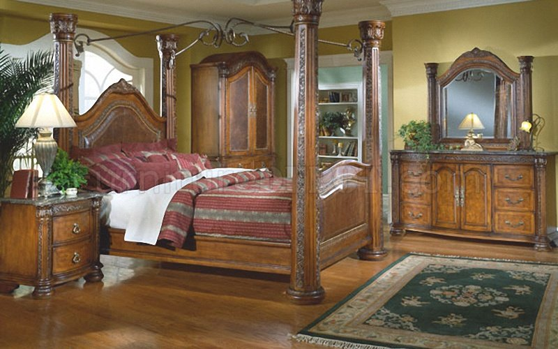 Warm Cherry Finish Royal Post Canopy Bed W Optional Case