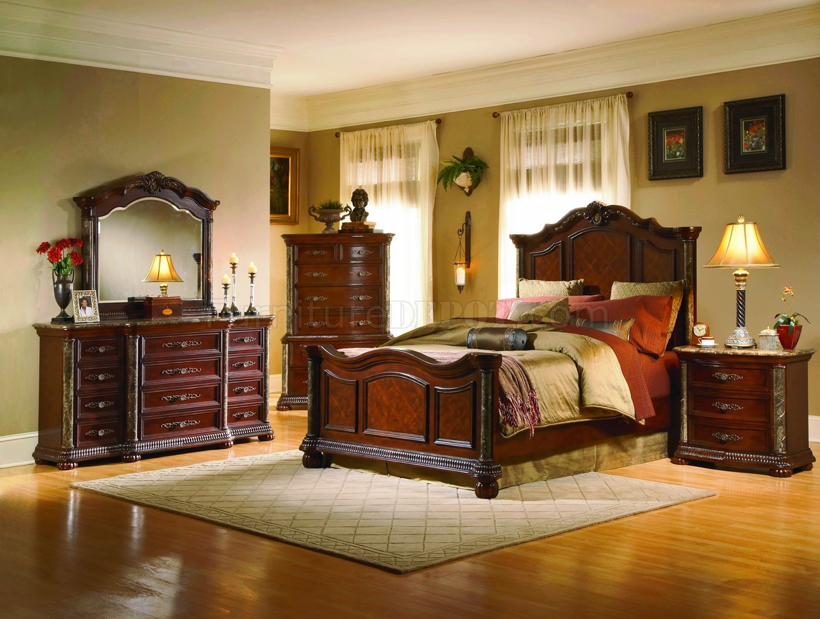 Cherry Finish Mediterranean Classic 5pc Bedroom Set W
