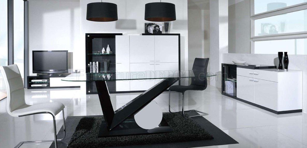 Black   White High Gloss Finish Modern Dining Table w Glass Top. Dining Table Black Glass. Home Design Ideas