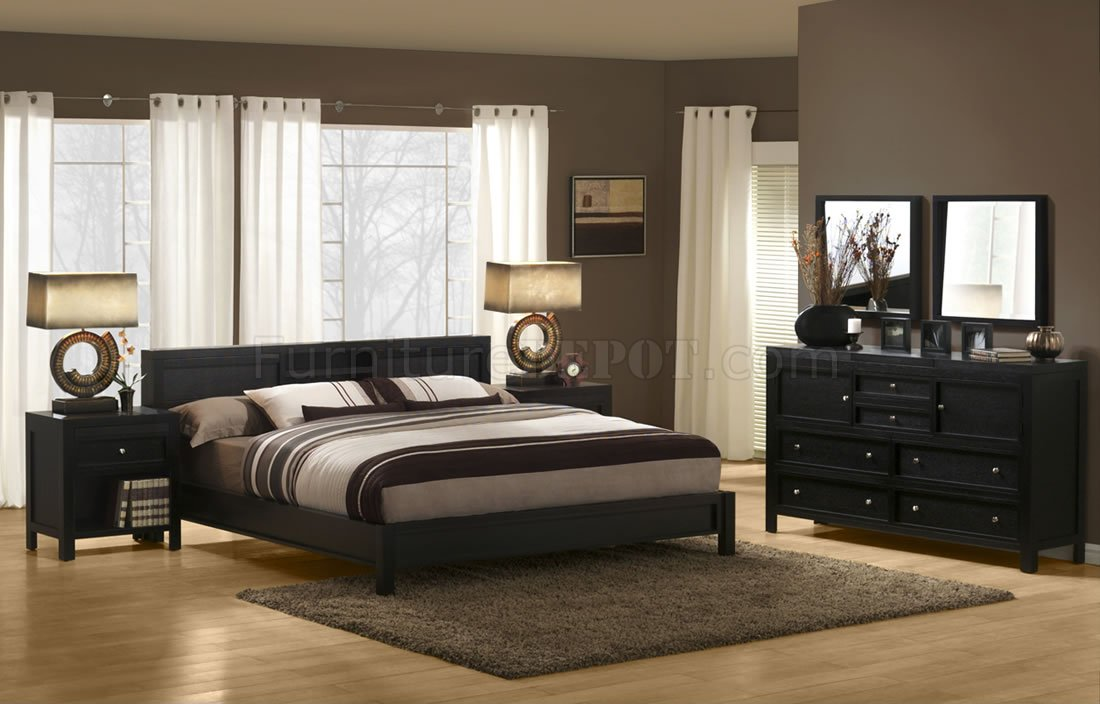 Picture of: Dark Espresso Finish Modern Bedroom Set With Platform Bed