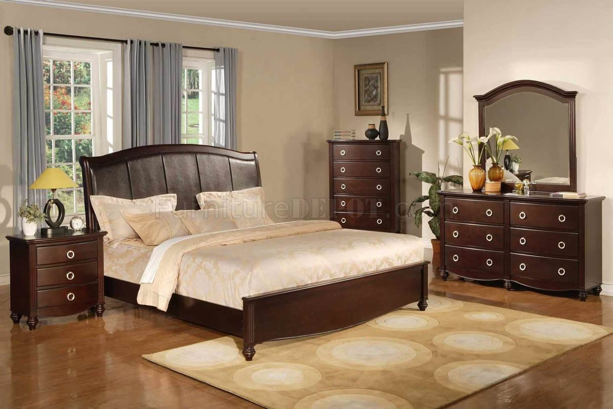 Dark Brown Transitional Bedroom Set w/Faux Leather Headboard