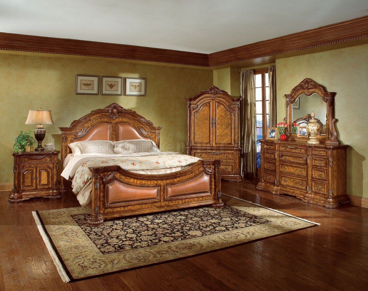 Natural wood finish elegant traditional bedroom w hand for Decorative bedroom furniture