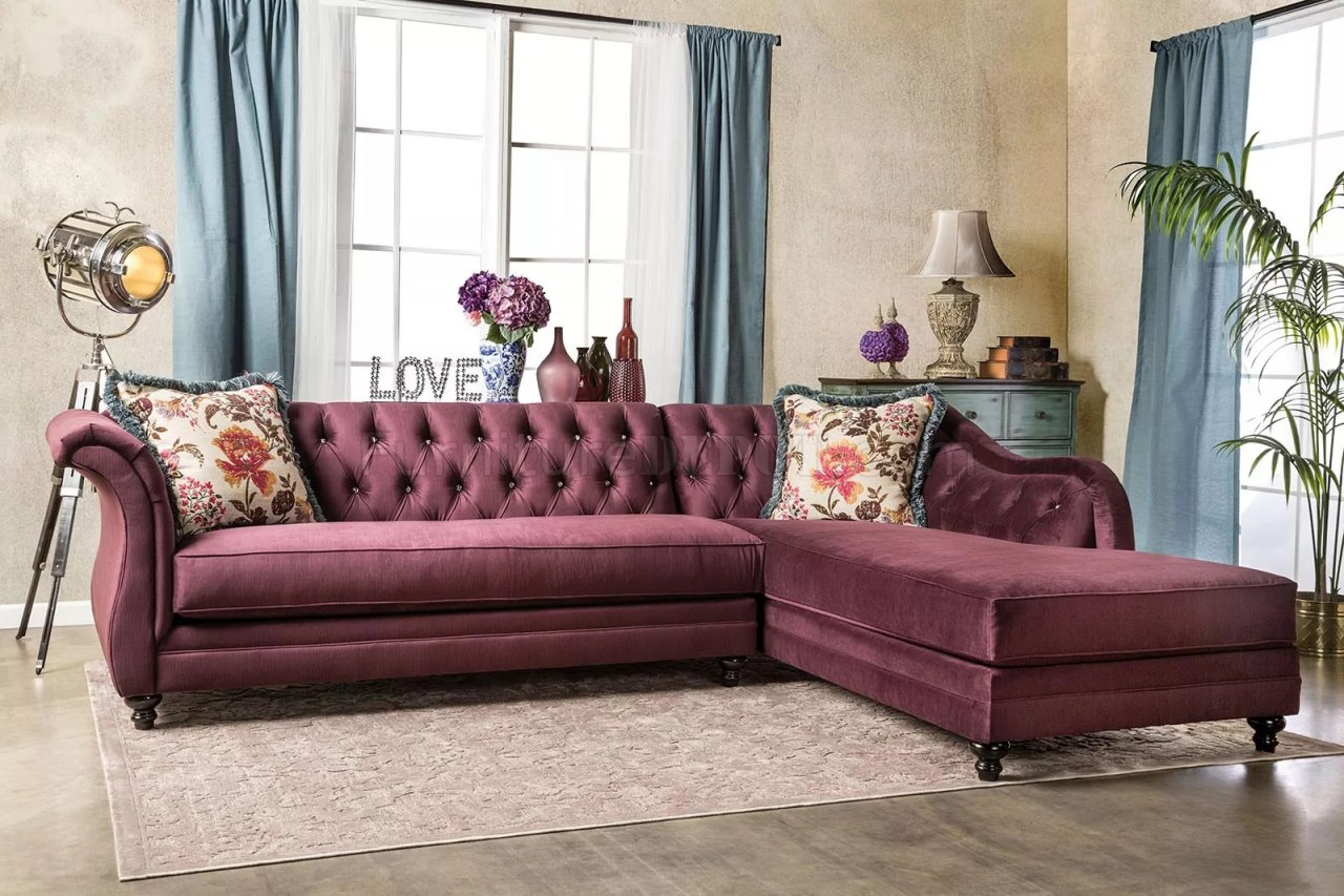 Rotterdam Sm2262 Sectional Sofa In Plum Velvet Fabric