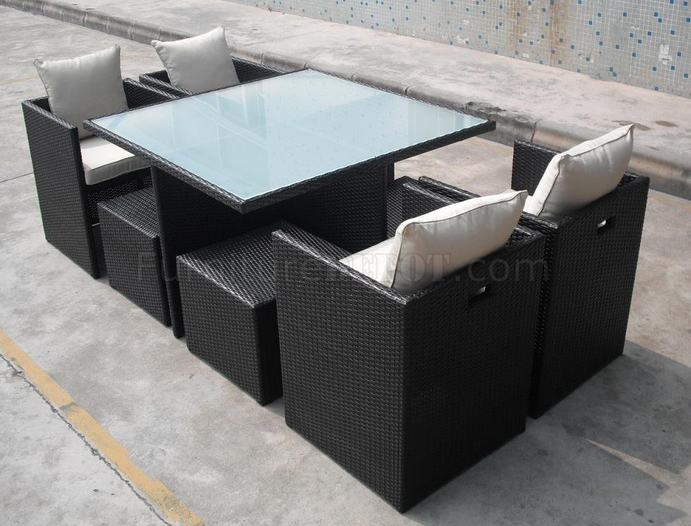 Brown Modern Outdoor Dining Set w/Frosted Glass Table Top