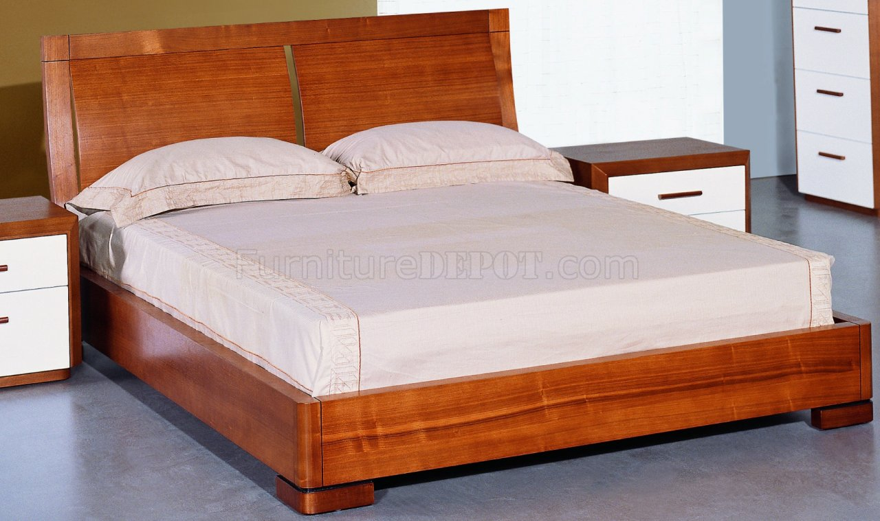 Teak And White Lacquer Finish Modern Two Tone Bedroom Set