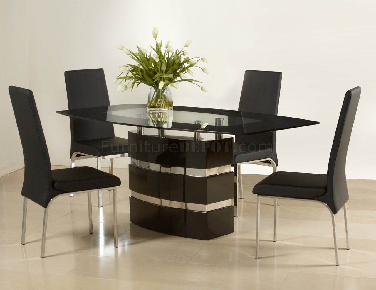 Fine Black High Gloss Finish Modern Dining Table W Optional Chairs Download Free Architecture Designs Remcamadebymaigaardcom