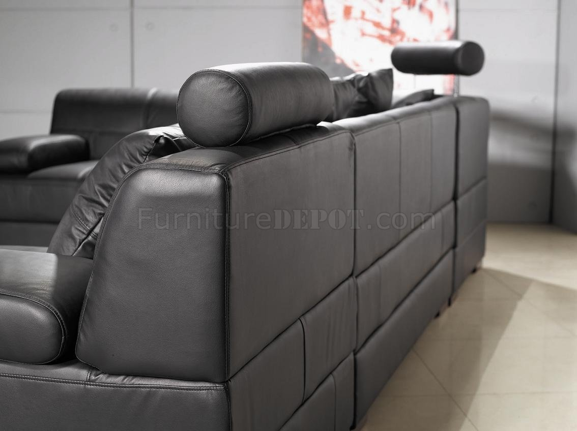 3334 Black Leather Sectional Sofa By VIG W/Adjustable Headrests