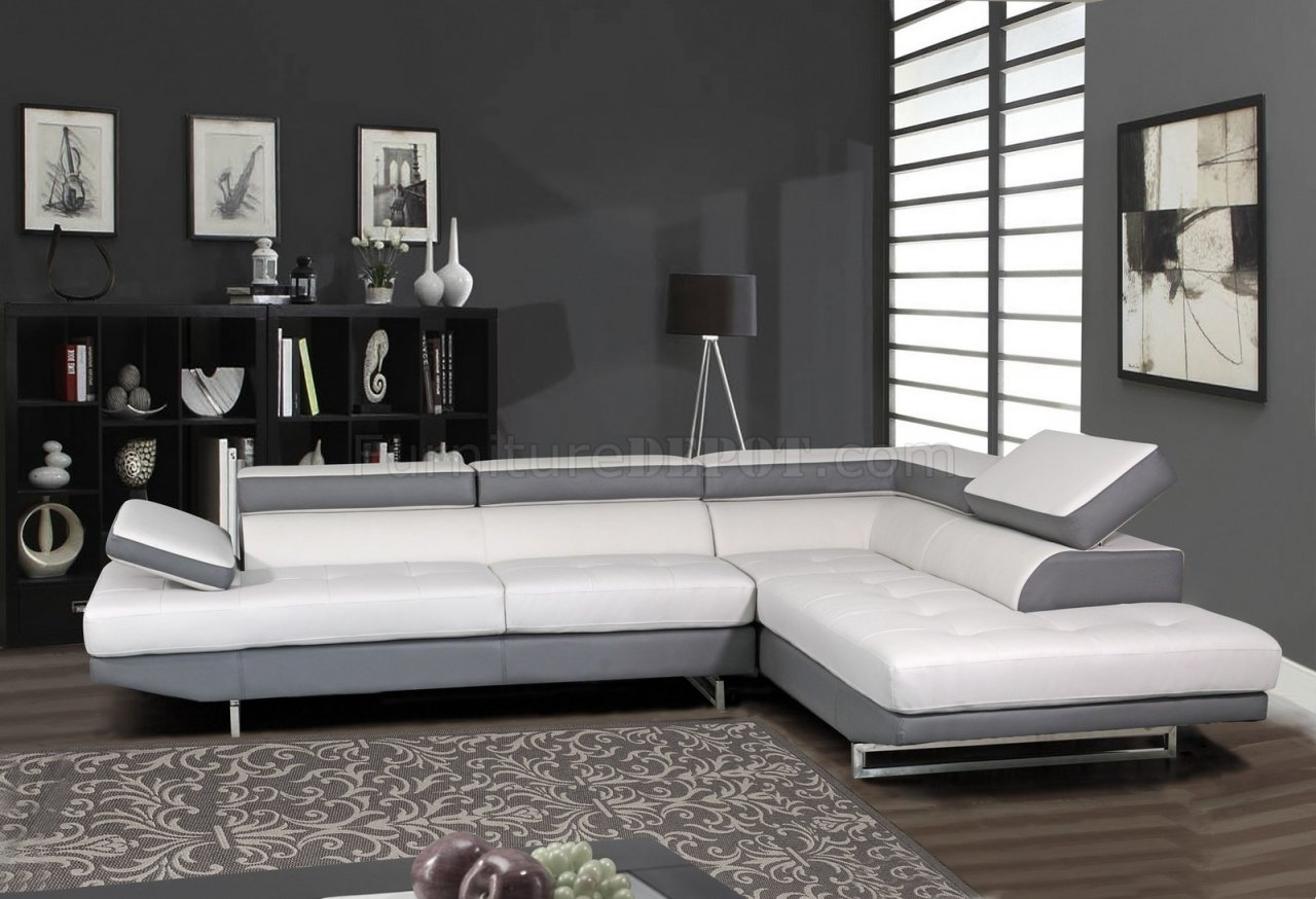 U8137 Sectional Sofa In Bonded Leather By Global