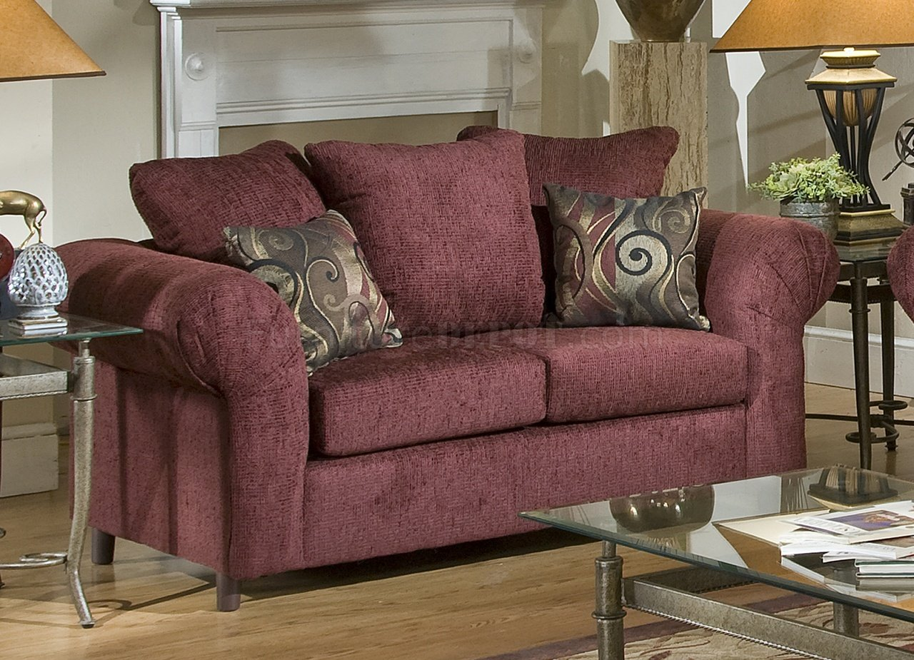 Burgundy Fabric Traditional Sofa & Loveseat Set