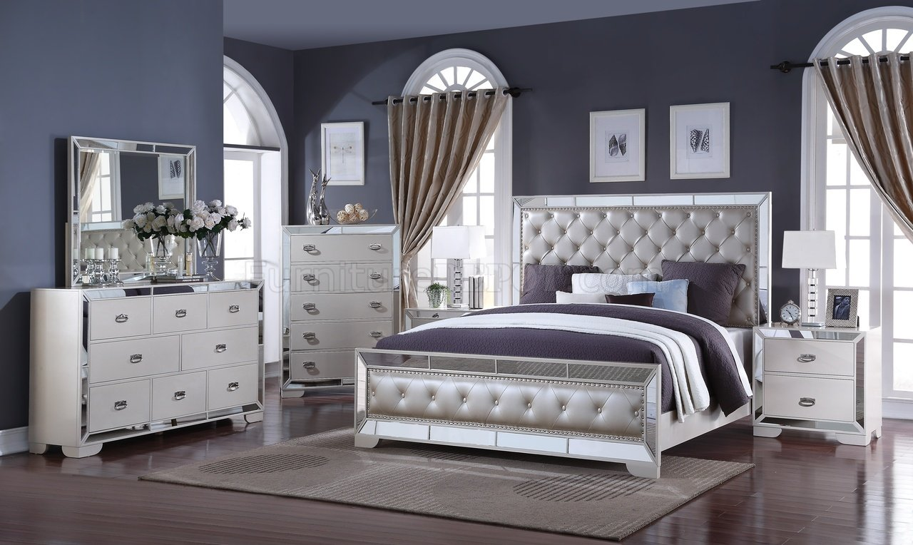 Gloria 5Pc Bedroom Set In Ivory W/Options