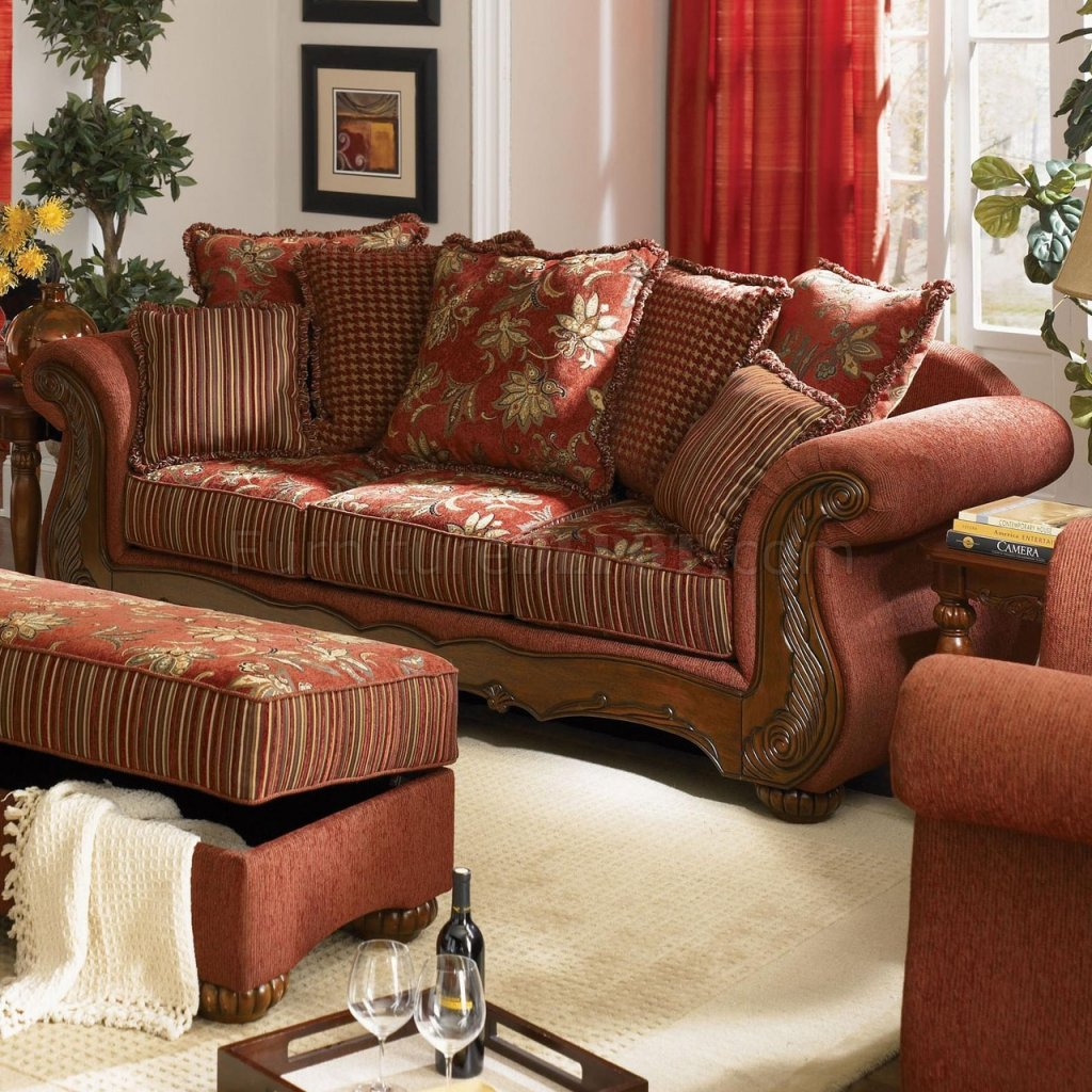 Traditional Sofas Living Room Furniture: Chenille Fabric Traditional Living Room Savona U142 Red