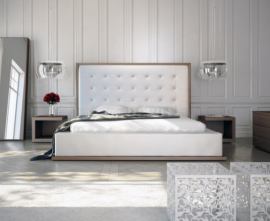 White Walnut Md317 Bed By Modloft W Oversized Tufted